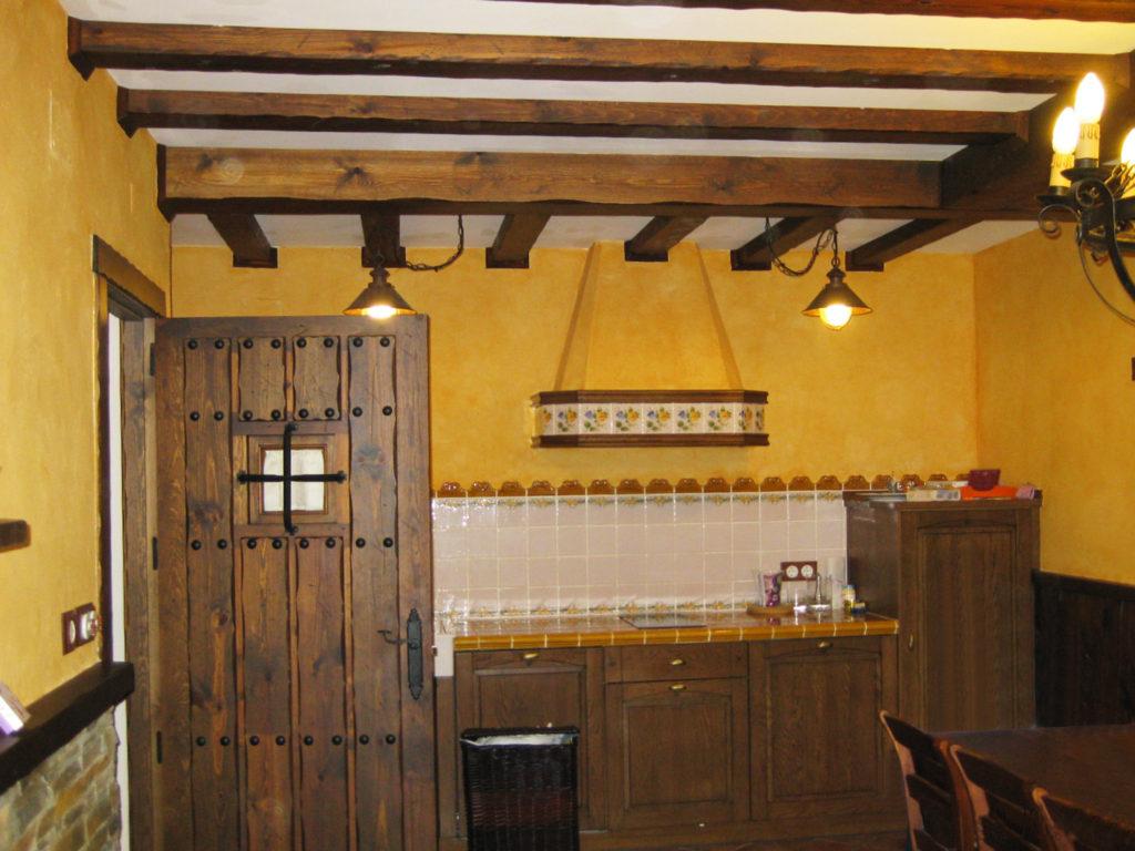 Cocina r stica para merendero chm for Muebles de cocina rusticos fotos